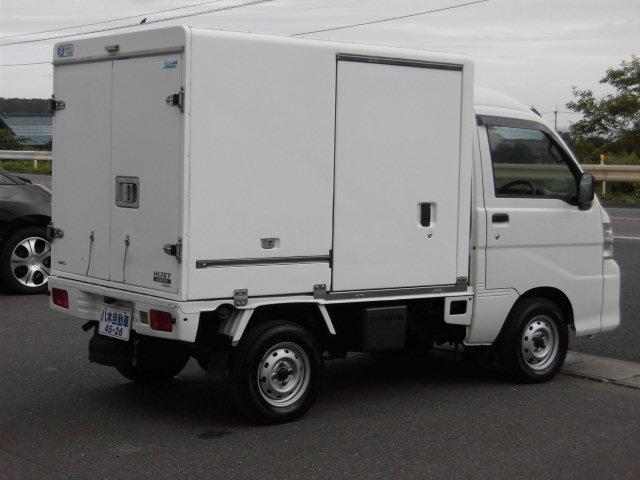冷蔵冷凍車 4WD(7枚目)