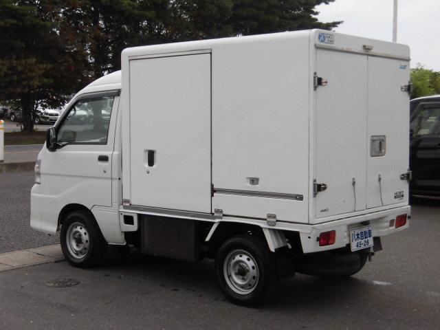 冷蔵冷凍車 4WD(8枚目)