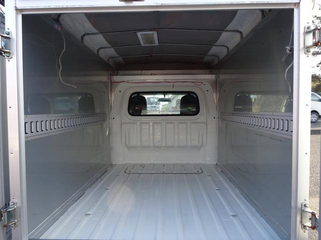パネルバン エアコン パワステ 4WD(16枚目)