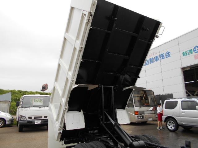 三菱ふそう キャンター 4WD ICターボ 全低床SA2t強化深ダンプ 外装仕上済