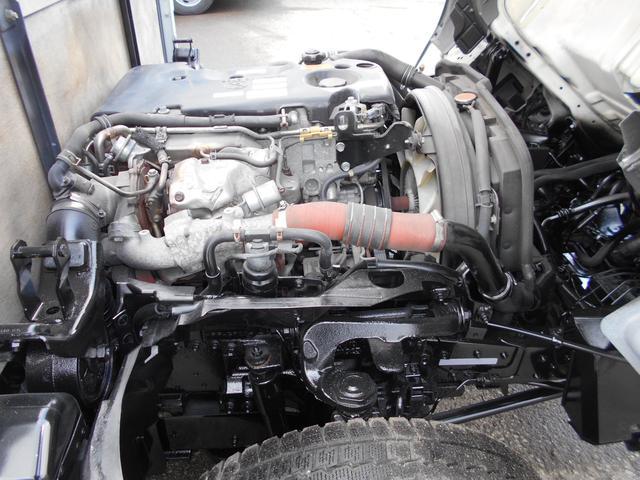 いすゞ エルフトラック 4WDICターボFFローST2t スムーサーEX 外装仕上渡