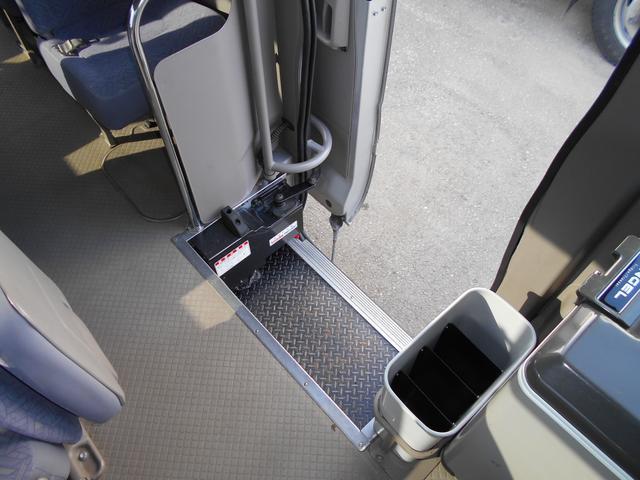 マイクロバス ICターボGX ロング29人乗 ナビBモニター(15枚目)