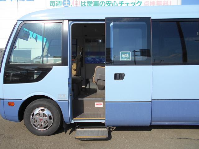 マイクロバスICターボ プレミアム ロング28人乗 Bカメラ(12枚目)