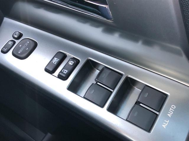 「トヨタ」「ヴォクシー」「ミニバン・ワンボックス」「秋田県」の中古車31