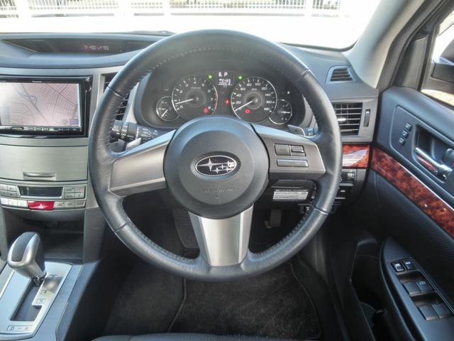 2.5i Lパッケージ4WD 黒本革 フルセグHDDナビ(16枚目)