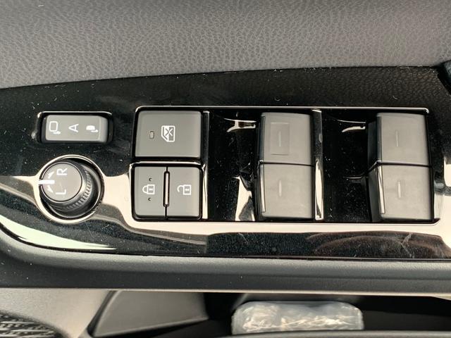S 衝突軽減ブレーキ 車線逸脱警告 レーダークルーズ クリアランスソナー SDナビ ワンセグ CD・DVD再生 ビルトインETC バックカメラ LEDライト オートマチックハイビーム ドルフィンアンテナ(32枚目)