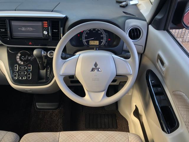 G セーフティパッケージ -神奈川県仕入- ツートンカラー 衝突軽減ブレーキ 全方位カメラ SDナビ フルセグ Mサーバー Bluetooth接続 左側電動スライドドア シートヒーター スマートキー リアサンシェード 禁煙車(11枚目)
