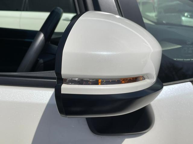 13G・F -茨木県仕入- 後期型 ホンダセンシング レーダークルーズ メモリーナビ CD・DVD フルセグ ミュージックサーバー USB ETC バックカメラ 車線逸脱警告 スマートキー プッシュスタート(41枚目)