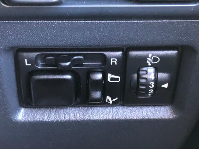 ランドベンチャー -大阪府仕入- 4WD 禁煙 ドライブレコーダー SDナビ CD・DVD再生 フルセグ ETC バックカメラ LEDライト フォグ 本革シート シートヒーター 16インチアルミ キーレス(37枚目)