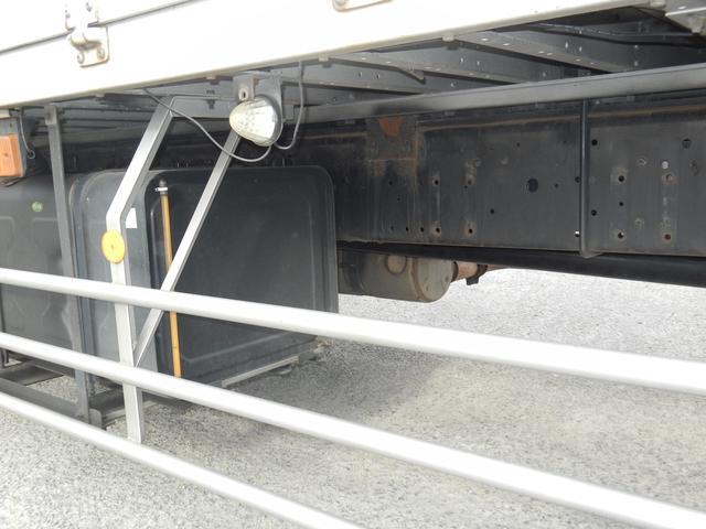 日産ディーゼル クオン 25tウィング車 後輪エアサス 中低床