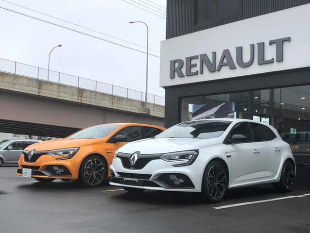 ルノー車はもちろん、FIAT アルファロメオ の整備もお任せください!FIATアルファロメオサービス指定工場です。メルセデス・ベンツ アウディ ボルボ プジョー BMW などの輸入車の整備も承ります!
