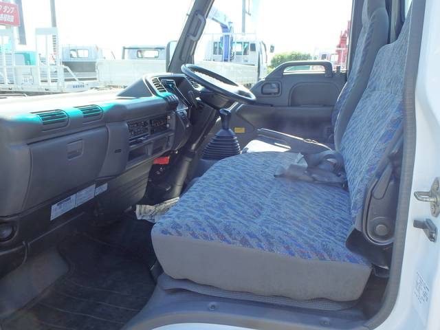 いすゞ エルフトラック 1.5t フルフラットロー 4WD