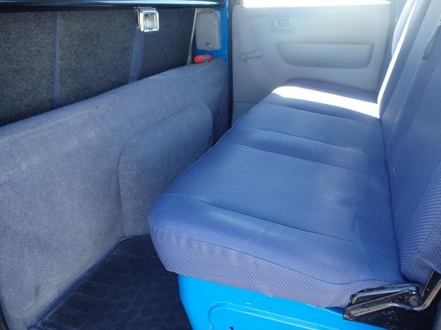 三菱ふそう キャンターガッツ Wキャブロング全低床 4WD