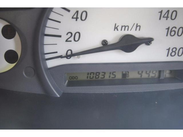 トヨタ ヴィッツ F 4WD 5ドア キーレス