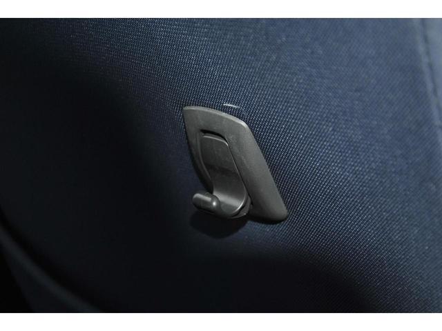 当社では、最新のタイヤチェンジャーを導入しております♪最大26インチまで組替可能♪ご購入後のタイヤ組替やインチアップ、車高調の交換など、ドレスアップもお引き受けしております♪どうぞご利用下さいませ♪