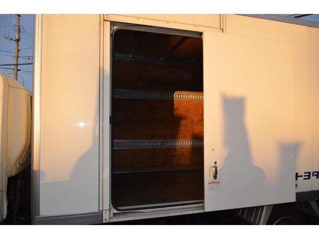 パワーゲート600kg アルミバンS レンタアップ車 R2年11月5日クラッチ交換済 N04C-UP 4リッターI/Cターボ 地デジナビ バックカメラ 横滑り防止装置 トラクションコントロール(22枚目)