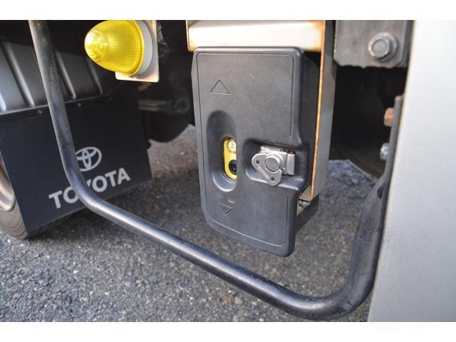 パワーゲート600kg アルミバンS レンタアップ車 R2年11月5日クラッチ交換済 N04C-UP 4リッターI/Cターボ 地デジナビ バックカメラ 横滑り防止装置 トラクションコントロール(23枚目)