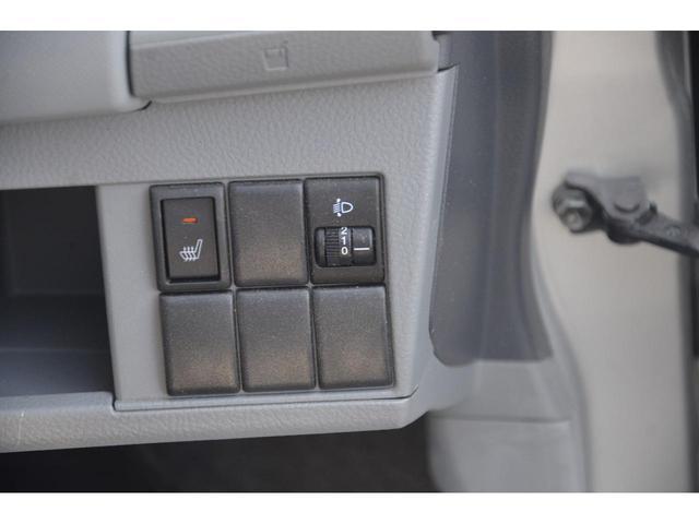 FX 4WD 5速マニュアル シートヒーター キーレス アルミホイール ABS エアバッグ 電動格納式ミラー(17枚目)