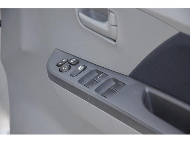 FX 4WD 5速マニュアル シートヒーター キーレス アルミホイール ABS エアバッグ 電動格納式ミラー(33枚目)