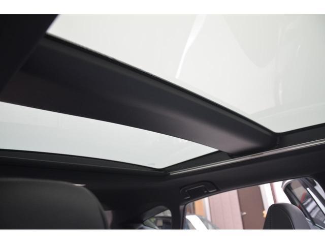 Z レザーパッケージ 1オーナー 調光パノラマルーフ パノラミックビュー モデリスタフルエアロ デジタルインナーミラー TVキット 禁煙車 寒冷地仕様 リヤフォグ HUD セーフティセンス 快適温熱シート おくだけ充電(6枚目)