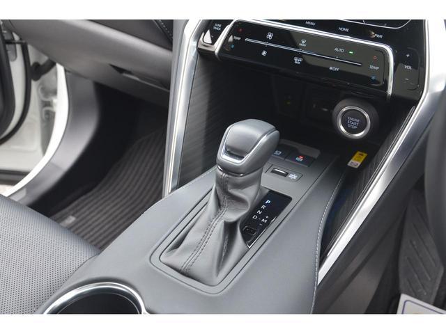 Z レザーパッケージ 1オーナー 調光パノラマルーフ パノラミックビュー モデリスタフルエアロ デジタルインナーミラー TVキット 禁煙車 寒冷地仕様 リヤフォグ HUD セーフティセンス 快適温熱シート おくだけ充電(21枚目)