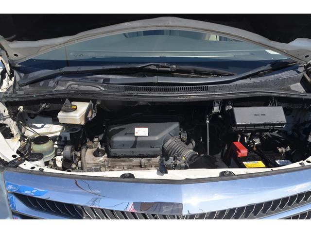 AX Lエディション 4WD 後期型 両側パワースライドドア フルセグ地デジメモリーナビ Bluetooth DVD再生 バックカメラ 8人乗り キーレス HIDヘッドライト ETC アルミホイール リアオートエアコン(64枚目)