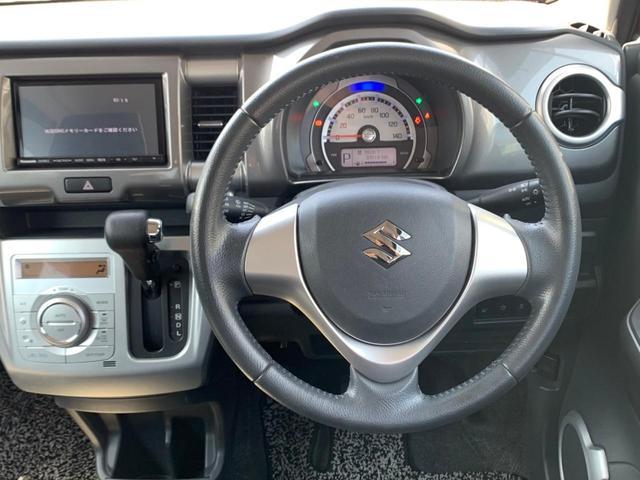 Xターボ SDナビ CD・DVD再生 フルセグTV レーダーブレーキ 横滑り防止 ビルトインETC スマートキー アイドリングストップ シートヒーター HIDライト 盗難防止 プッシュスタート 禁煙車(24枚目)