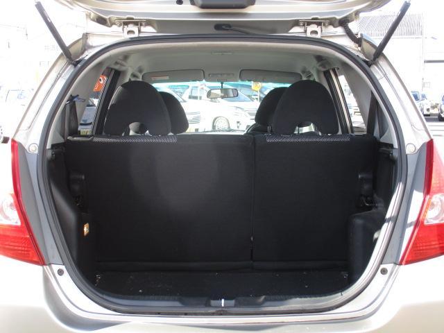 ホンダ フィット 1.5T ディスチャージ オートエアコン ステアシフト