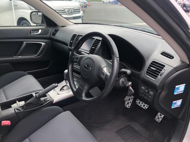 2.0GTターボ 4WD【茨城県仕入】 純正7型メモリーナビ CD再生 HKSマフラー MOMOステアリング HIDライト  フォグライト オートエアコン キーレス 17インチAW ETC付き 電動シート 電格ミラー(18枚目)