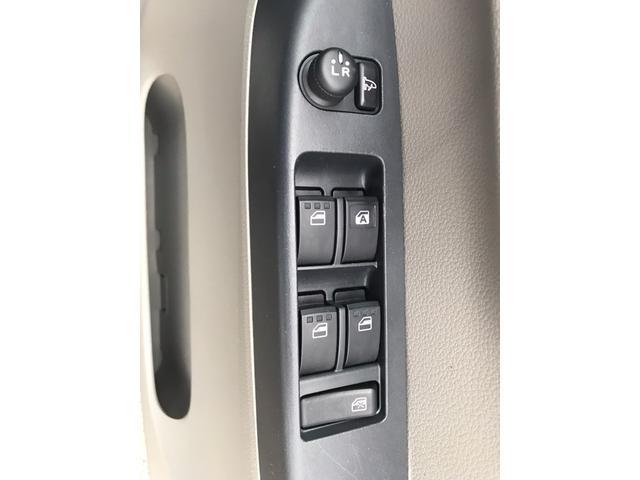 Xf 【大阪府仕入】4WD 禁煙車 SDナビ CD再生 USB接続 盗難防止システム キーレス アイドリングストップ デンカクミラー ヘッドライトレベライザー ダブルエアバック スタッドレス付(28枚目)