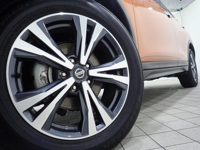 20Xi 4WD 1オーナー禁煙車 純正9型SDナビ フルセグTV Bluetooth接続 ドラレコ アラウンドビューモニター 追従クルーズ ハーフレザー シートヒーター LEDライト 純正アルミ ルーフレール(4枚目)