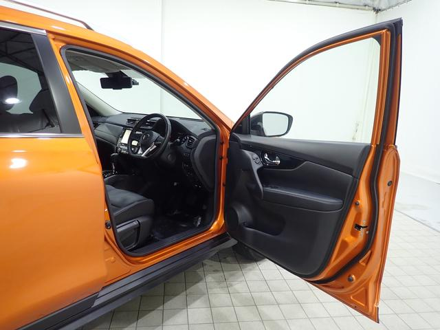 20Xi 4WD 1オーナー禁煙車 純正9型SDナビ フルセグTV Bluetooth接続 ドラレコ アラウンドビューモニター 追従クルーズ ハーフレザー シートヒーター LEDライト 純正アルミ ルーフレール(10枚目)