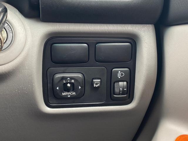 VXリミテッド ツーリングエディション 4WD DVDナビ CDチェンジャー バックカメラ ETC クルーズコントロール ルーフレール ウッドコンビステア シートヒーター 電動アンテナ フォグ リアスポイラー オートライト キーレス(49枚目)