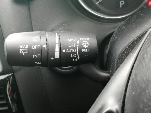 XD 【当店下取車】 SDナビ フルセグTV CD・DVD再生 Bluetooth接続 バックカメラ ETC プッシュスタート HIDヘッドライト 盗難防止システム 横滑り防止システム オートエアコン(32枚目)
