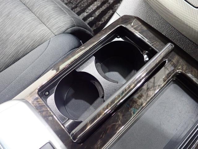 ZR 禁煙車 カロッツェリアサイバーナビ フルセグTV CD・DVD再生 Bluetooth接続 両側電動ドア 電動シート クルコン ETC 19インチアルミ HIDヘッドライト クリアランスソナー(43枚目)