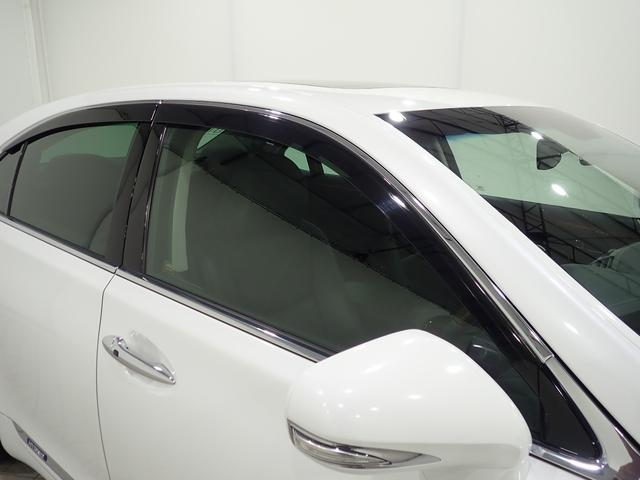 公的機関「(財)日本自動車査定協会」の基準を採用。日本AA協議会「走行距離管理システム」で距離に不正が無いかもチェック済み。専門業者によるルームクリーニングも実施。キレイになった状態でお渡し致します。