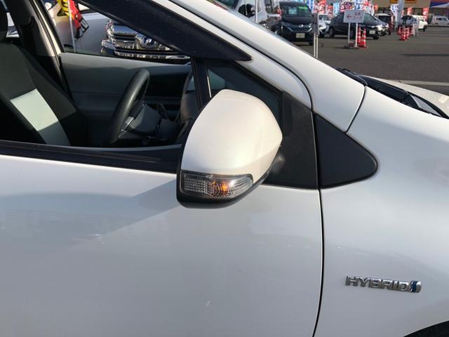 S 【当店買取車】純正7型SDナビ フルセグ Bluetooth付 LEDライトスマートキー アイドリングストップ バックカメラ ETC付 エンジンスターター スペアキー有(40枚目)