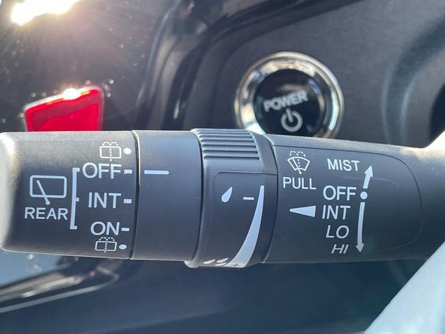 スパーダハイブリッド G ホンダセンシング 禁煙車 純正SDナビ フリップダウンモニター フルセグTV CD・DVD再生 Bluetooth接続 バックカメラ ETC 衝突軽減システム 追従クルコン 両側電動ドア LEDヘッドライト フォグ(46枚目)