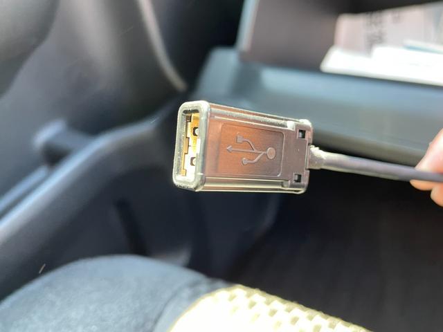 スパーダハイブリッド G ホンダセンシング 禁煙車 純正SDナビ フリップダウンモニター フルセグTV CD・DVD再生 Bluetooth接続 バックカメラ ETC 衝突軽減システム 追従クルコン 両側電動ドア LEDヘッドライト フォグ(55枚目)