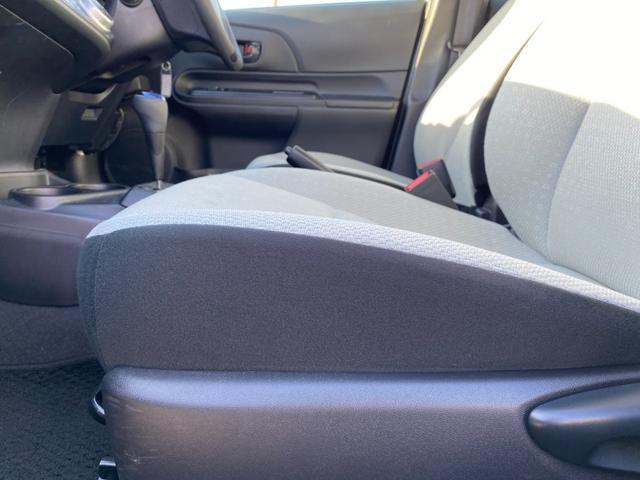 L 法人ワンオーナー 禁煙車 新品SDナビ 夏・冬タイヤ付 DVD再生  BLUETOOTH接続 フルセグTV 横滑り防止システム ETC オートエアコン 社外アルミホイール Wエアバック ABS(18枚目)