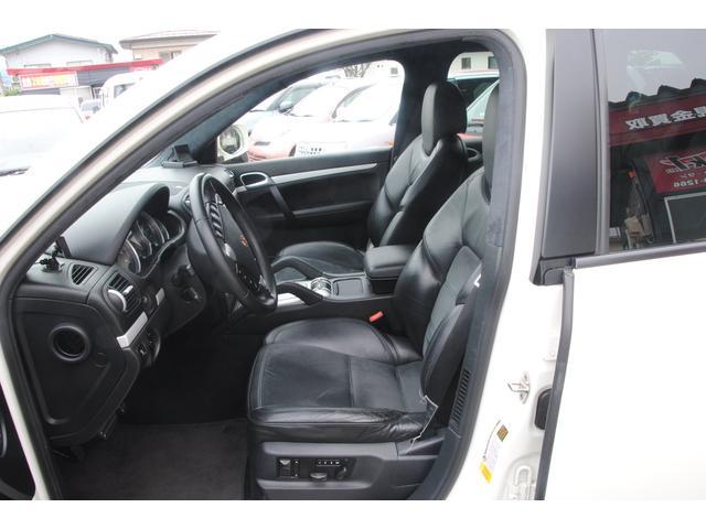GTS ポルシェマネージメントアクティブサスペンション装着車(12枚目)