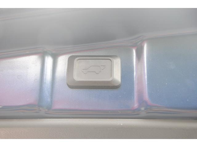 プラタナ Uセレクション4WD パワーバックドア 3年保証(12枚目)