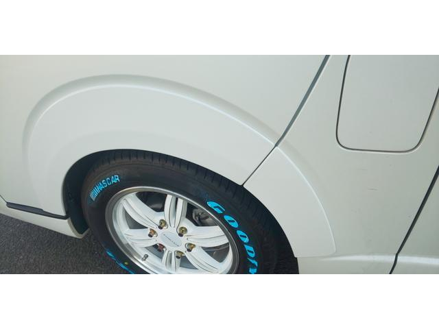 GL 4WD 新規ローダウン 新品COBRA17インチ 新品COBRAバッドフェイス ナビ フリップダウン ETC 新品ダズフェロウズ 新品COBRAオーバーフェンダー TCMダンパー デフ上げKIT装着(19枚目)