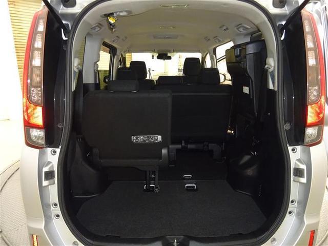 Xi 4WD ワンセグ メモリーナビ バックカメラ 衝突被害軽減システム ETC 電動スライドドア LEDヘッドランプ ウオークスルー 乗車定員8人 3列シート アイドリングストップ(9枚目)