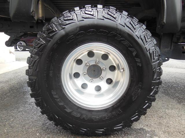 エクストラキャブ リフトアップ 4WD サンルーフ 社外ナビ(24枚目)