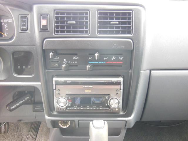 エクストラキャブ リフトアップ 4WD サンルーフ 社外ナビ(42枚目)