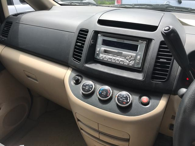 4WD AC AT オーディオ付 ブラック 電格ミラー(10枚目)