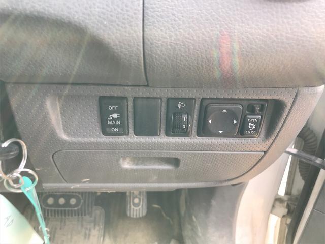 4WD 商用車 AC ホワイト AT パワーウィンドウ(11枚目)