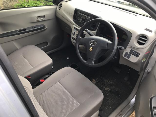 軽自動車 4WD ブライトシルバーメタリック オーディオ付(3枚目)