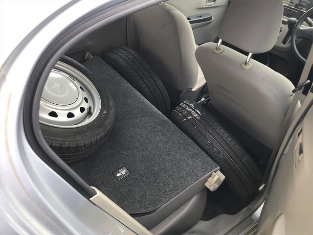 軽自動車 4WD ブライトシルバーメタリック オーディオ付(10枚目)